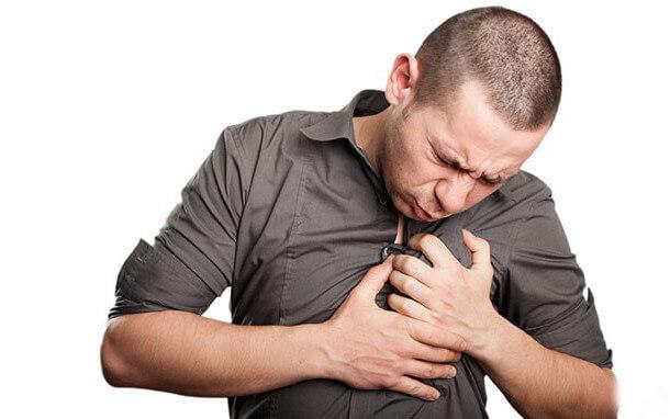 Cần làm gì khi lên cơn hen suyễn
