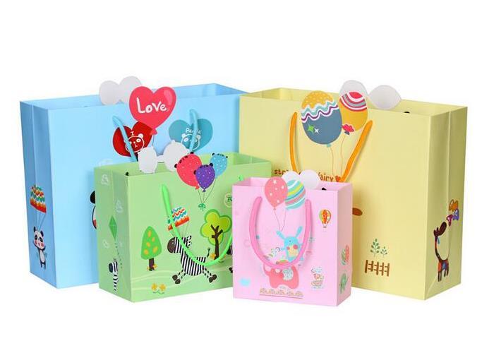 Những lợi ích của túi giấy so với túi nhựa