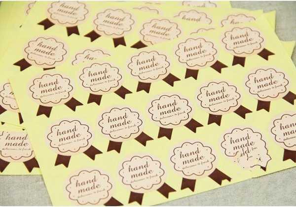 in tem nhãn decal giấy giữ vai trò gì trong sản xuất hàng hóa